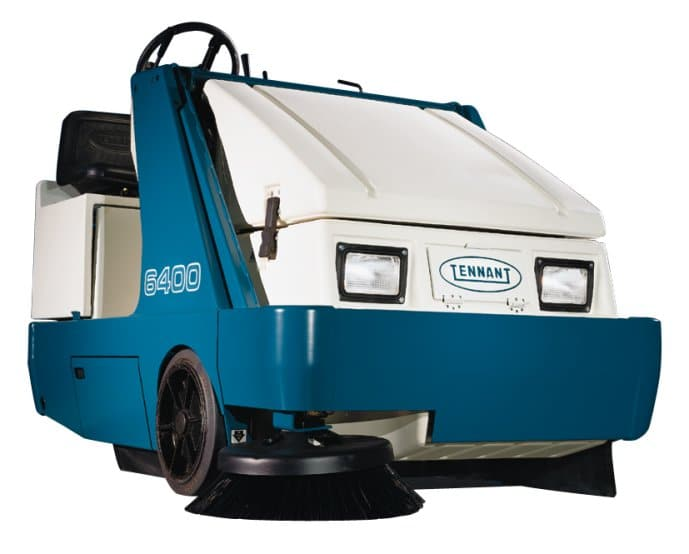 Tennant 6400 Ride On Sweeper